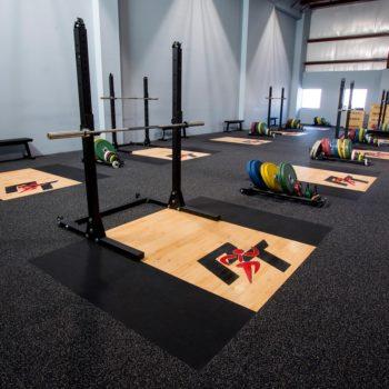 Cleaning Aktiv Gym Floor